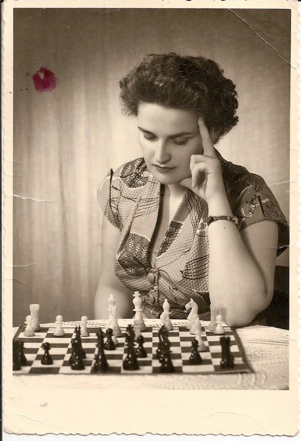 Alfreda Hausner, am Beginn einer großen Schachkarriere