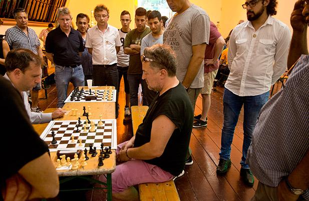 chess-unlimited-kiebitze