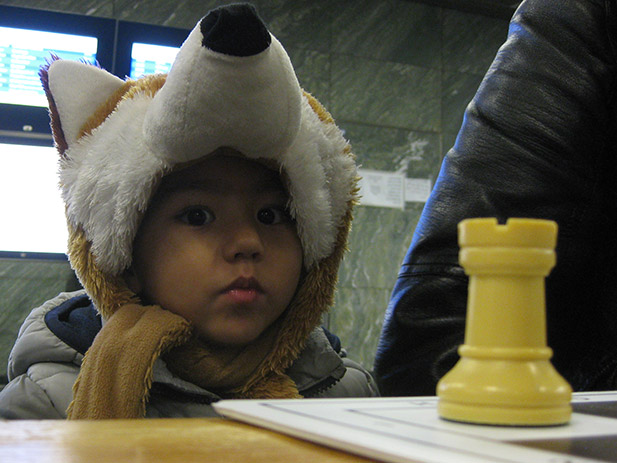 chess-with-refugees-2